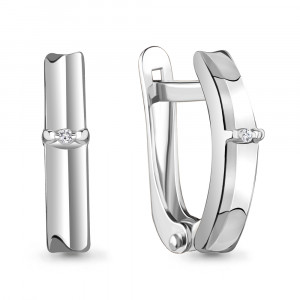 925 Sterling Silver pair earrings with diamond