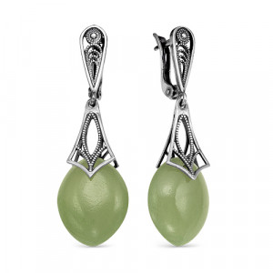 925 Sterling Silver pair earrings with  and synthetic jade
