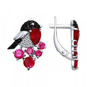 925 Sterling Silver pair earrings with synthetic corundum and corundum