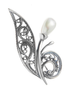 925 Sterling Silver brooches with pearl imit.