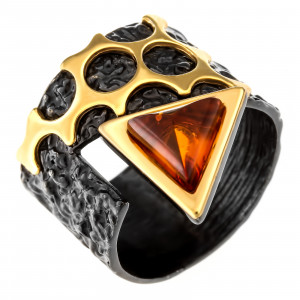 925 Sterling Silver women's ring with amber