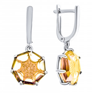 925 Sterling Silver pair earrings with alpana and cubic zirconia