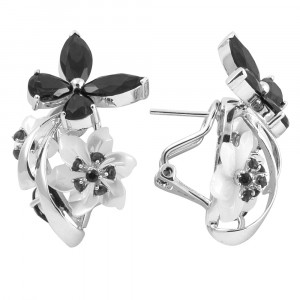 925 Sterling Silver pair earrings with cubic zirconia and mother of pearl