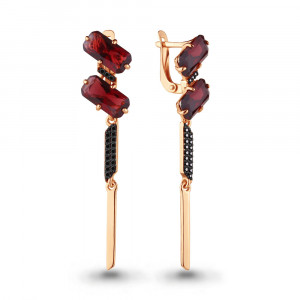 925 Sterling Silver pair earrings with nano crystal and garnet gt