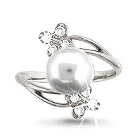 925 Sterling Silver women's rings with cubic zirconia and pearl cult.