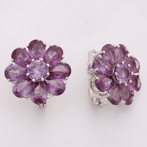 925 Sterling Silver pair earrings with alexandrite