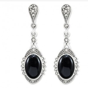 925 Sterling Silver pair earrings with synthetic onyx