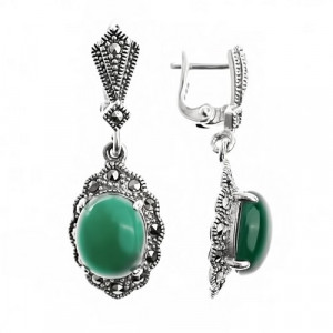 925 Sterling Silver pair earrings with synthetic green agate and green agate