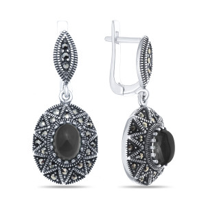 925 Sterling Silver pair earrings with synthetic onyx and marcasite