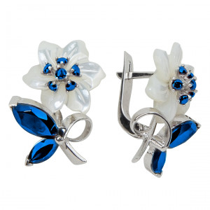 925 Sterling Silver pair earrings with mother of pearl and sapphire